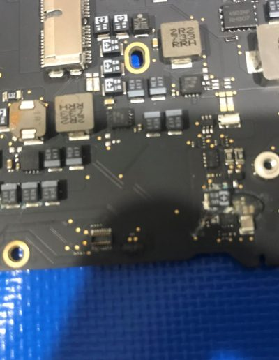 apple-macbook-air-liquid-damage