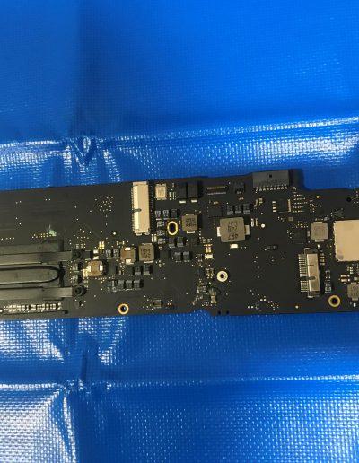 apple-macbook-air-liquid-damage-N